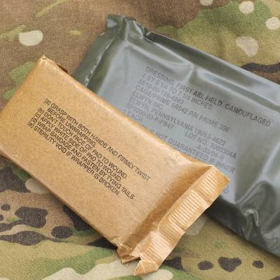 US(米軍放出品)野戦用包帯 [Dressing First Aid Field Camouflaged]